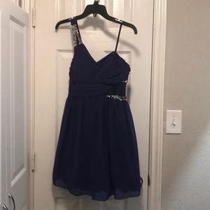 City Triangles Junior Dress Size 5 like new